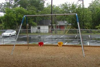 1 bay toddler swing